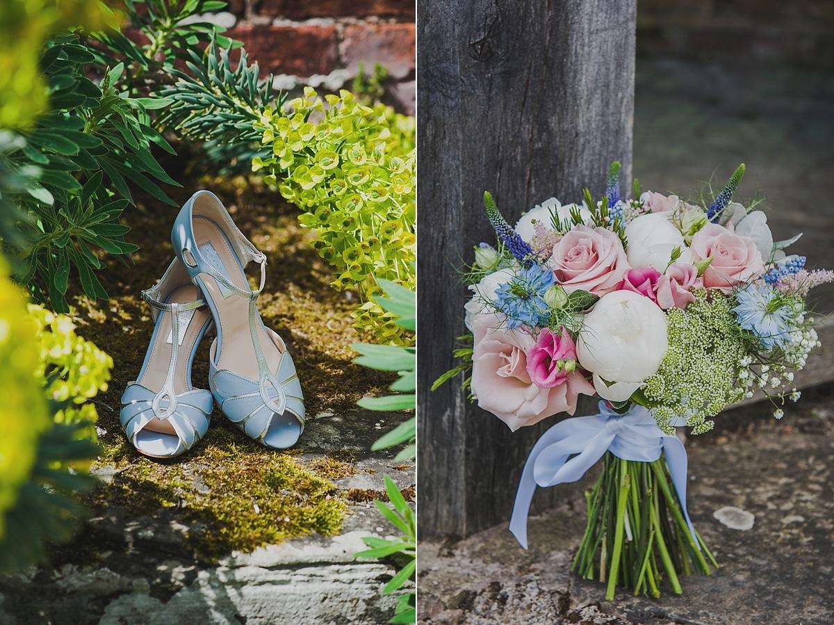 Delbury Hall wedding photography_0008