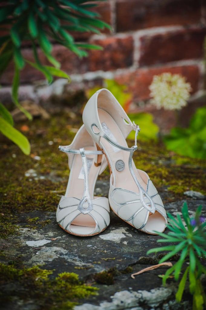 Delbury-Hall-Shropshire-Wedding-Photographer019