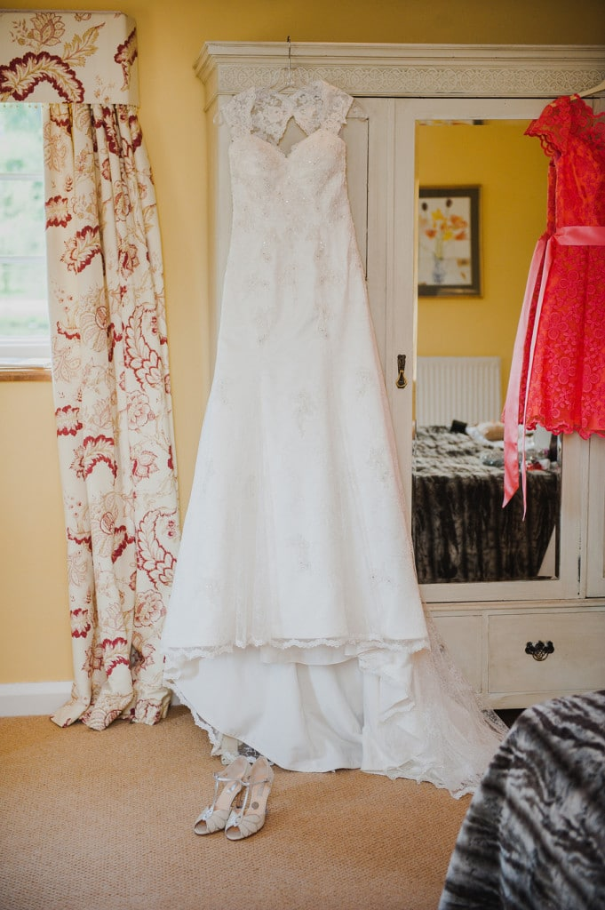 Delbury-Hall-Shropshire-Wedding-Photographer022