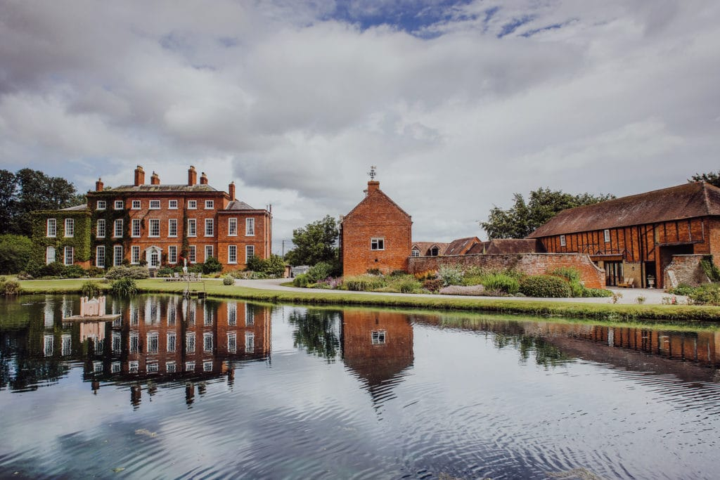 Luxury manor house in shropshire