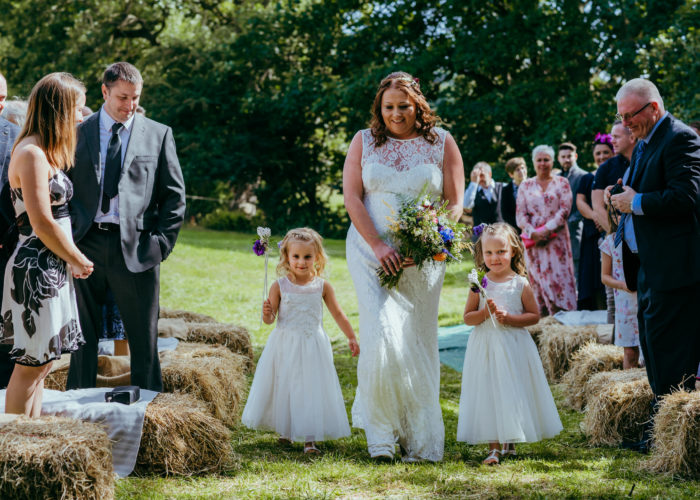 Barnutopia wedding  – Gel & Baz