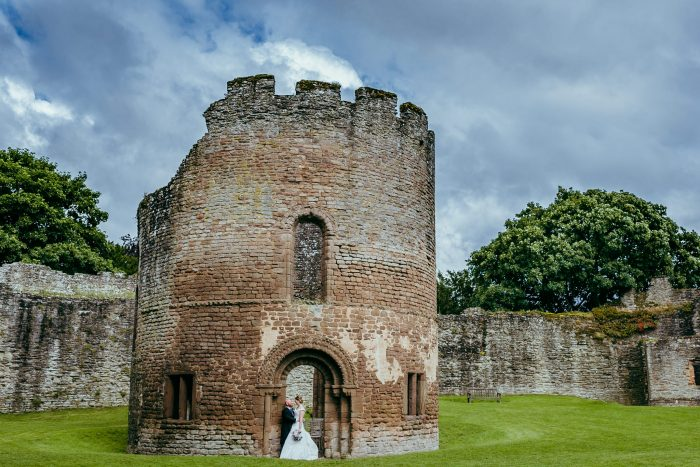 Ludlow Castle wedding photography - Emma & William