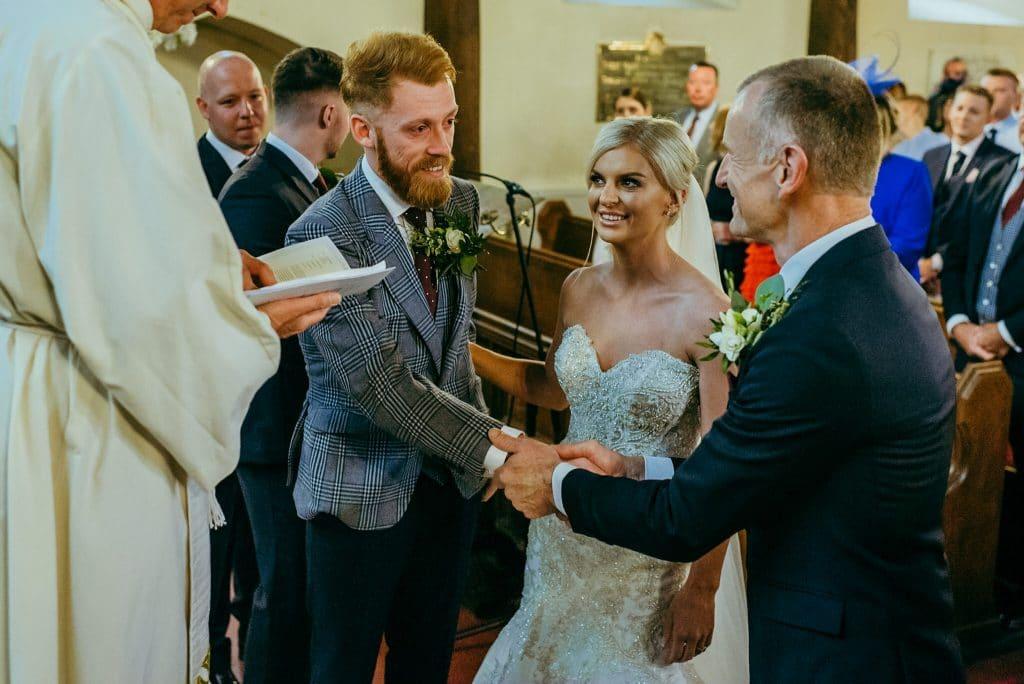 brampton byran  wedding ceremony