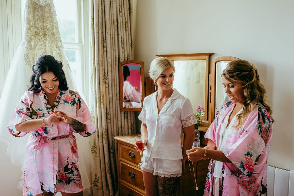 Bridesmaids at wilde lodge